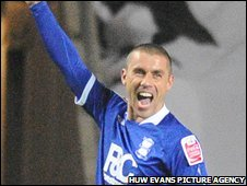 Kevin Phillips celebrates