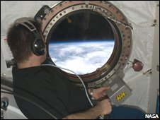 ISS window (Nasa)