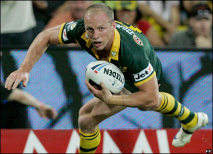 Darren Lockyer goes over for a try