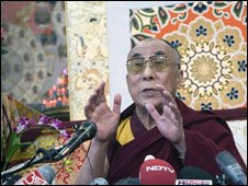 The Dalai Lama talks to the press in Dharmsala, India, 23 Nov 2008