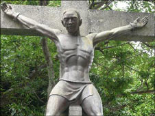 Saint-Jean de Goto's martrydom in 1597 is marked by this statue in Nagasaki.