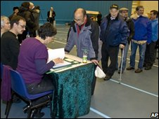 Referendum voters in Nuuk