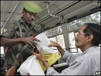 Sri Lankan checkpoint