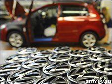Logos of German carmaker Volkswagen to be fixed on cars