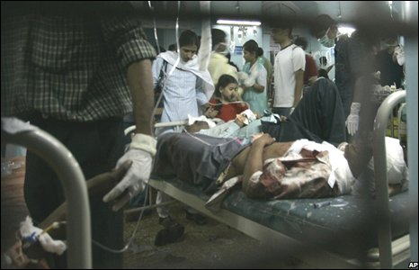 Injured people at hospital in Mumbai after the attacks