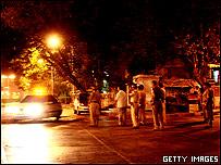 Feurzas de seguridad en altera en Bombay.