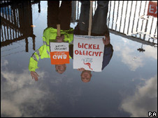 Scottish Water staff on picket line