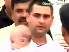 Man and baby freed from the Oberoi Trident hotel on 28/11/08