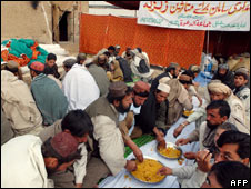 Jamaat-ud-Dawa camp for refugees of an earthquake in south Pakistan, Nov 2008