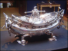 Silver soup tureen made for Catherine II