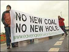Anti-coal mine protesters
