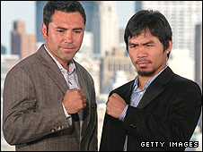 Oscar de la Hoya (left) and Manny Pacquiao