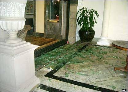 Broken glass in lobby of Taj Mahal hotel, 29/11/08