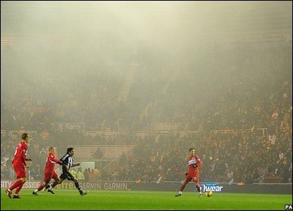 Middlesbrough v Newcastle: Fog shrouds the game at the Riverside and doesn't help the goalscoring opportunities