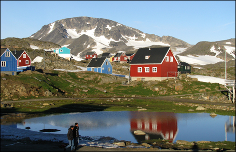 Wooden houses in the village of Kulusuk in eastern Greenland (Pic: Iolo ap Dafydd)