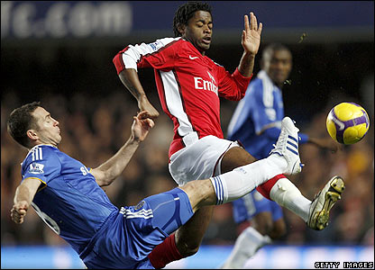 Frank Lampard challenges Arsenal's
