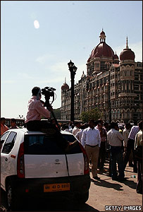 C�mara frente al Taj Majal