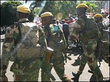 File pic of Zimbabwean soldiers