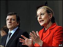 Жозе Мануэль Баррозу и Бенита Ферреро-Вальднер