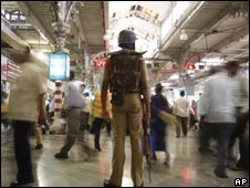 A soldier at Mumbai's Chhatrapati Shivaji Terminus station on 4 Dec 2008
