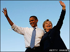 US President-elect Barack Obama (L) and his Secretary of State Hilary Clinton (R)