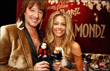 Celebrities with Bratz dolls