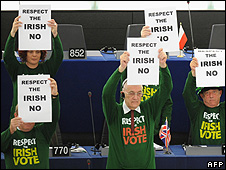 Anti-treaty MEPs voiced solidarity with the Irish No vote