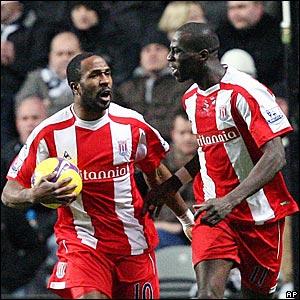 Ricardo Fuller, Mamady Sidibe, Stoke City