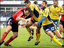 Marcus Horan scores a try for Munster against Clermont Auvergne