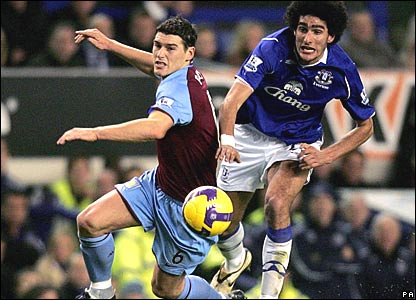 Gareth Barry, Aston Villa; Marouane Fellaini, Everton