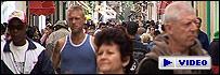 Calle concurrida de La Habana, Cuba