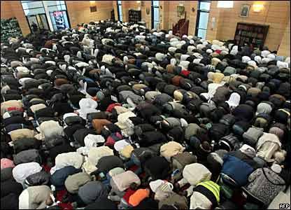المسلمون وعيد الاضحى _45278610_france_afp