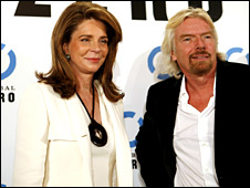 Queen Noor and Richard Branson © Stephane LAGOUTTE