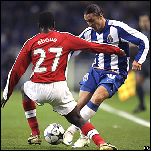 Emmanuel Eboue, Arsenal; Cristian Rodriguez, FC Porto