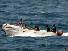 pirates leave the Ukrainian merchant vessel MV Faina for Somalia (8 October 2008)