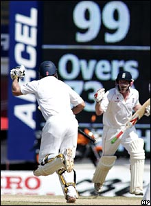 Strauss takes a single for his century