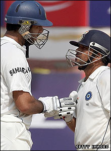 The stand between Yuvraj and Tendulkar is worth 80 at tea with India looking seemingly on course to win the game
