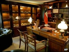 Gen Pinochet's office on display at the museum