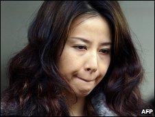South Korean actress Ok So-Ri leaves the court, 17/12/08