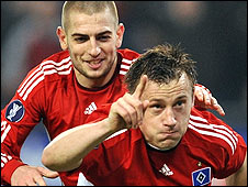 Mladen Petric (left) and Ivica Olic
