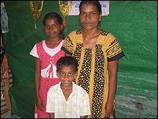 Vadivel Shanthi and her children