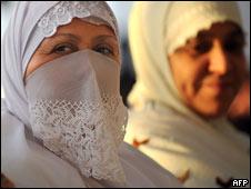 Two Algerian women