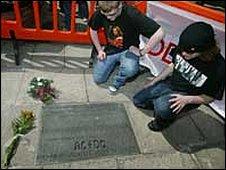 Bon Scott memorial - picture by Paul Reid