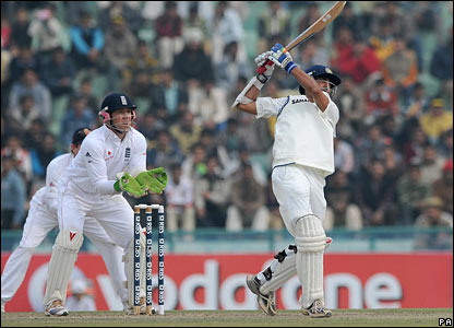 Gautam Gambhir hits out, watched by keeper Matt Prior