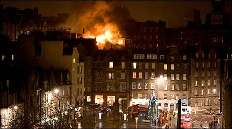 Victoria Street fire [Pic: Mike Byrne]