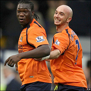 Caicedo and Stephen Ireland celebrate City's late equaliser