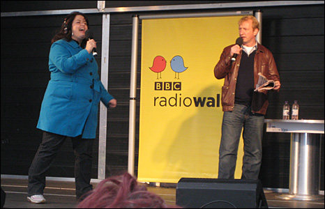 Ruth Jones and Steffan Rhodri