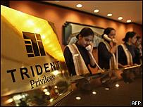 Recepcionistas en el hotel Trident-Oberoi de Bombay