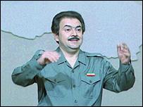 زعيم مجاهدي خلق مسعود رجوي وهو يخطب في العراق 1996