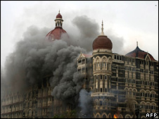 Taj Mahal hotel on fire - 27/11/2008